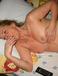 Nasty moms showing their big tits and hot mature women showing their asses